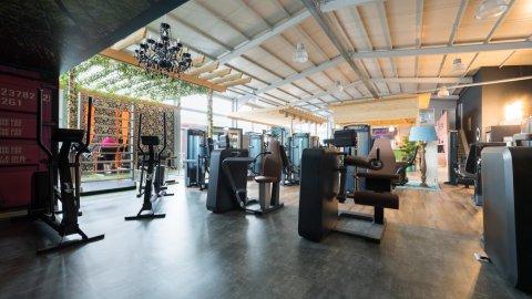 wineo Bodenbelag Fitnessstudio Sportboden Fantasieoptik